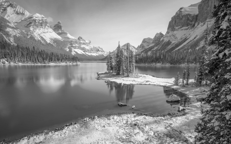 Rockie Mountains Alberta Black and white